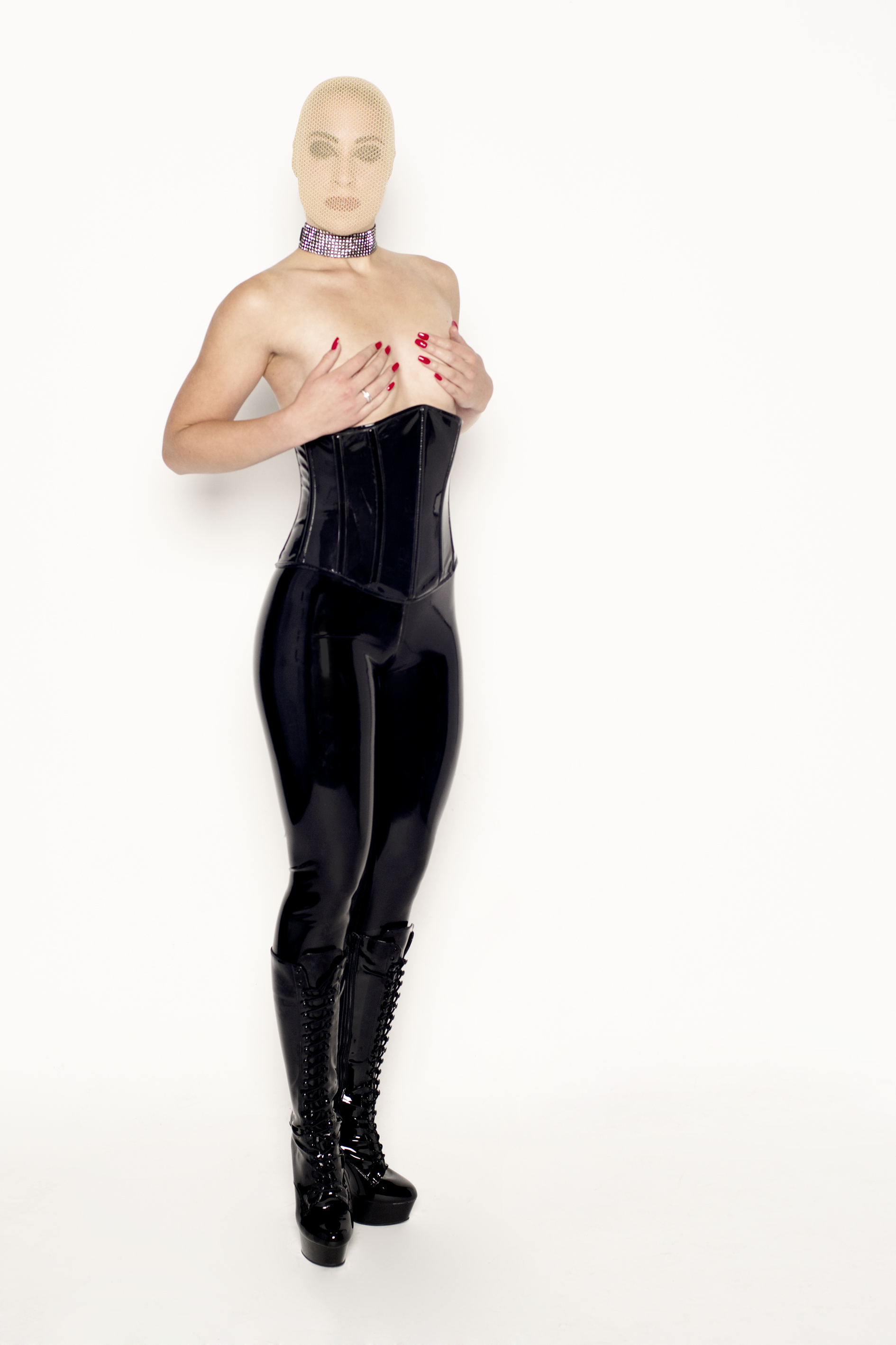 blote, borsten, latex, korset, corset, tight pants, Den Bosch